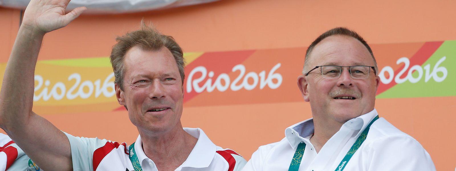 Olympia 2016: Grand-Duc Henri (l.) schaut sich an der Seite des damaligen Sportministers Romain Schneider das Tennismatch zwischen Gilles Muller und Jo-Wilfried Tsonga an.