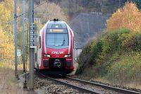 Die Nordstrecke - eingleisig - in Höhe von Wilwerwiltz. Tunnel = Tunnel in Lellingen (Wilwerwiltz) / Foto: Armand WAGNER