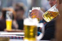 In einigen Kneipen wird das Bier knapp.
