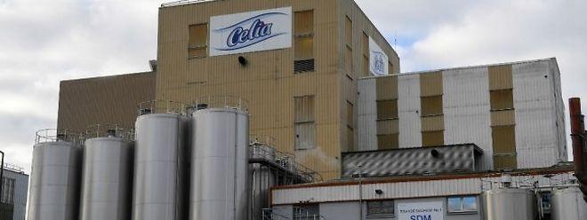 Lactalis a aussi arrêté ses installations ce week-end, «afin d'y engager des mesures de nettoyage, de désinfection additionnelles, renforcées, pour le futur», y compris dans l'autre tour de séchage, selon le porte-parole.