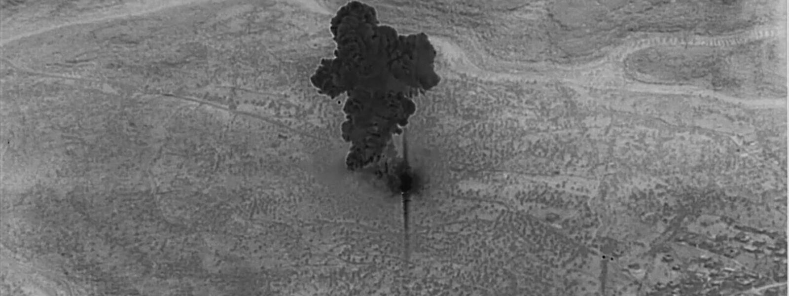 Auf einem Video, das das US-Verteidigungsministerium veröffentlichte, ist Rauch über dem Gehöft zu sehen, in dem sich al Bagdadi versteckt hielt.