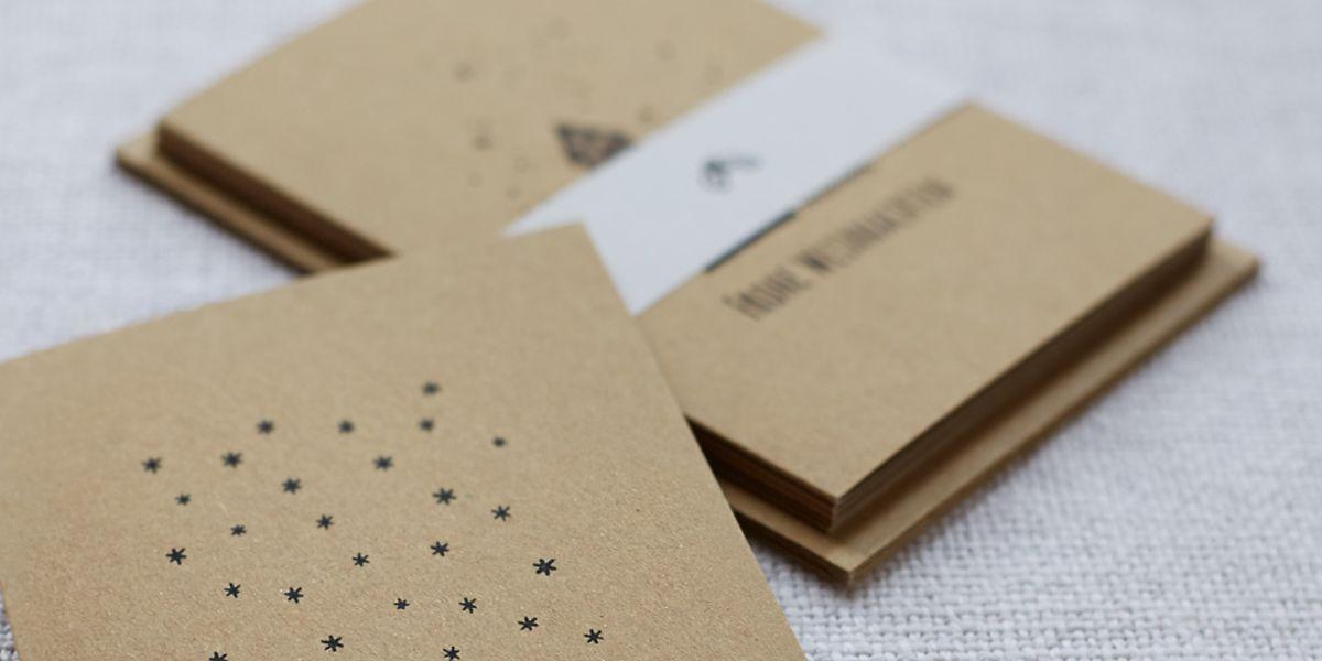 Neben den maschinell gedruckten Karten bietet Allex Fröde auch handgedruckte Eco-Weihnachtskarten wie diese an.