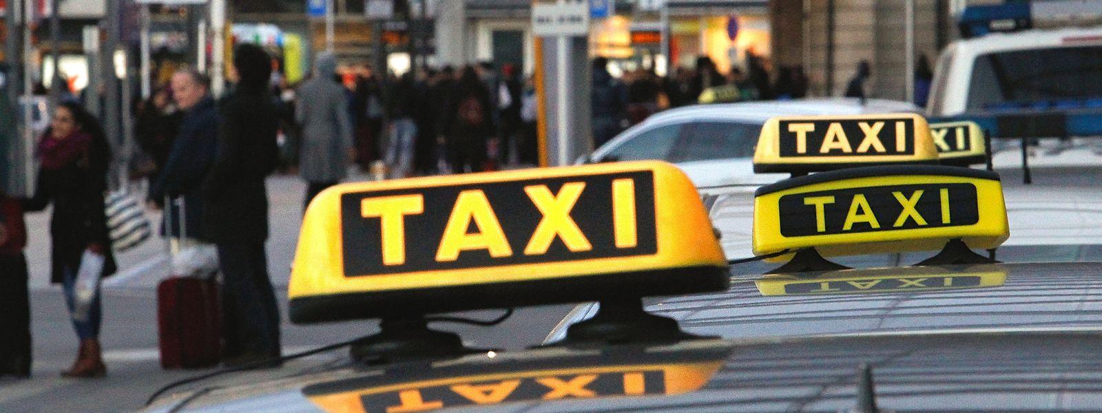 La Fédération des taxis craint de ne pas retrouver son rythme commercial de sitôt, même avec l'assouplissement des mesures sanitaires.