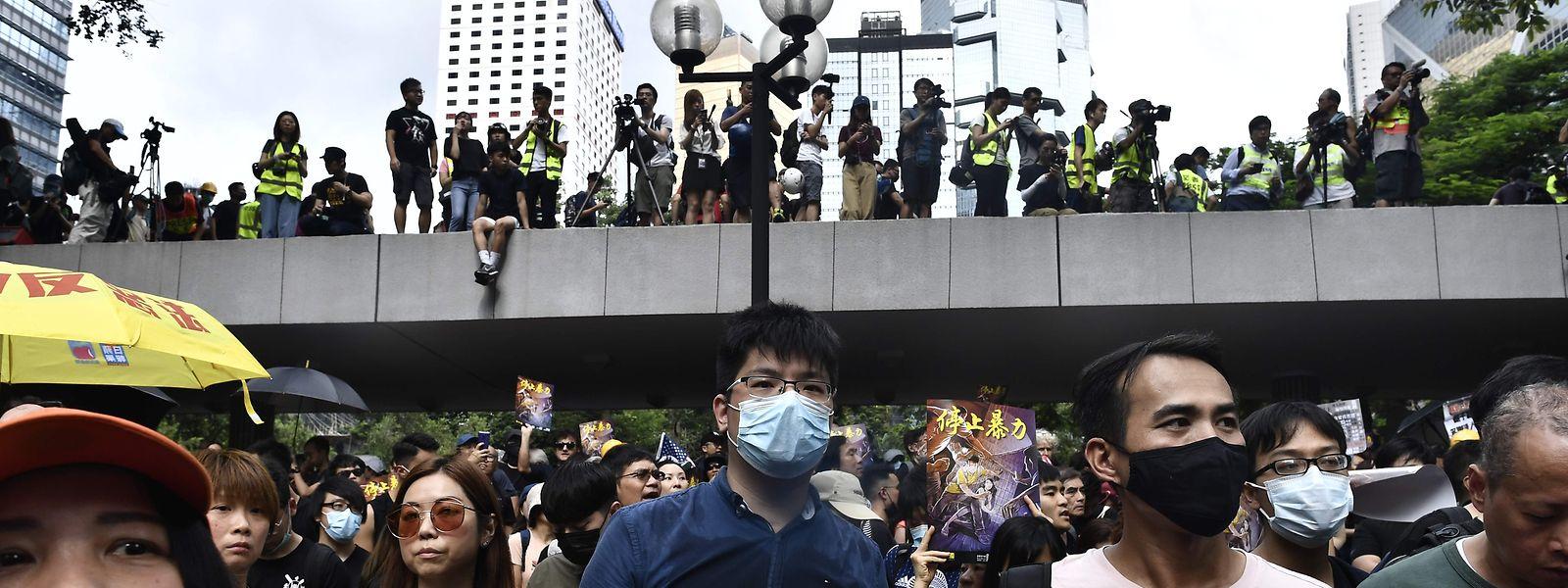 Trotz Protestverbots gingen am vergangenen Wochenende wieder Zehntausende auf die Straße.