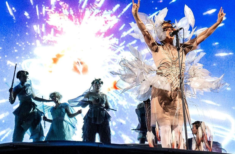 Die isländische Sängerin, Produzentin und Songwriterin bescherte dem Publikum in der ausverkauften Rockhal am Ende nicht nur ein Konzert...