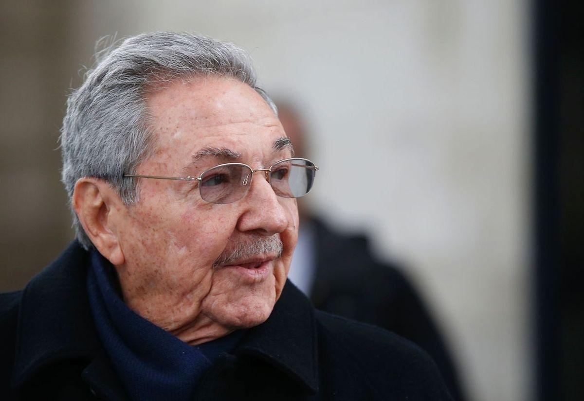 Raoul Castro rencontrera le président François Hollande pour un entretien suivi de la signature d'une douzaine d'accords ce lundi.