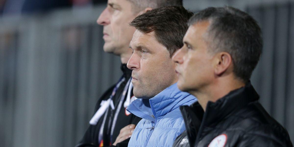 Lors des deux prochains rendez-vous, Luc Holtz, ici au milieu de ses adjoints Emmanuel Leblond et Claude Origer, fera confiance aux joueurs les plus frais  physiquement et surtout mentalement.