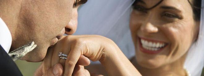 Nach der Hochzeit die Steuerrückzahlung? Nach der Steuerreform könnte dieses Geschenk vom Staat bald Geschichte sein.