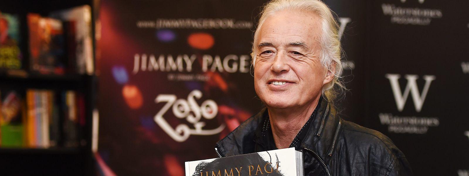 """Jimmy Page, britischer Gitarrist und Gründer von Led Zeppelin, bei der Vorstellung seines Buches """"Jimmy Page - Zoso""""."""