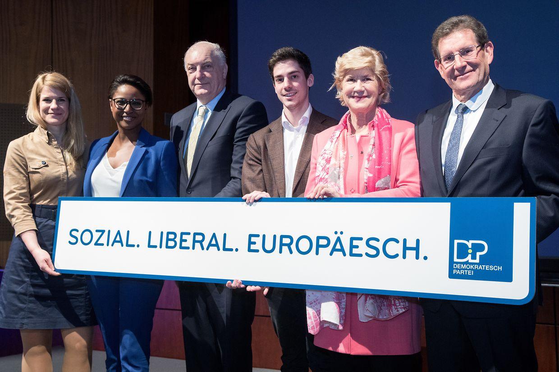 Die DP-Kandidaten für die Europawahl (v.l.n.r.): Anne Daems, Monica Semedo, Charles Goerens, Loris Meyer, Simone Beissel und Gusty Graas.