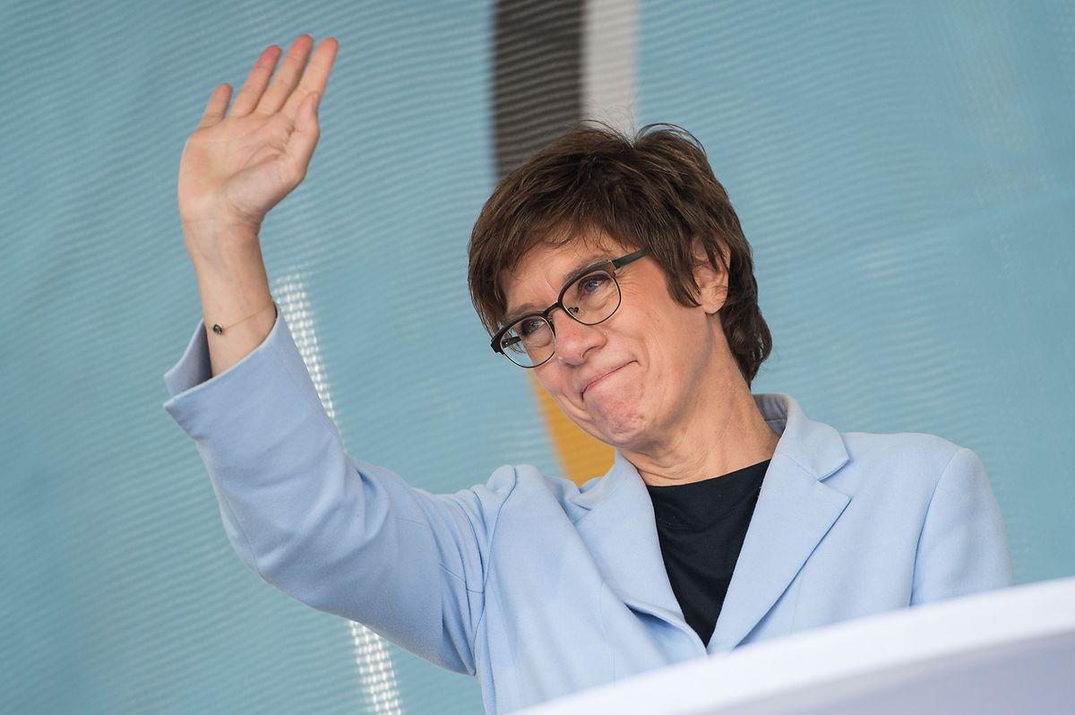 Die saarländische Spitzenkandidatin, Bundesverteidigungsministerin Annegret Kramp-Karrenbauer, schaffte es nicht, das Direktmandat zu erringen.