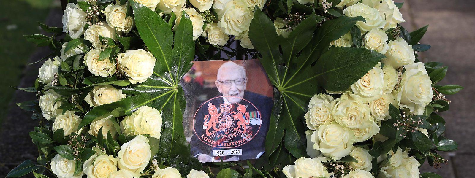 Sir Tom Moore wurde am Samstag beigesetzt.