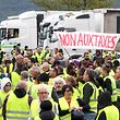 """O movimento dos """"coletes amarelos"""" promoveu hoje mais de mil manifestações em toda a França, com mais de 50 mil manifestantes."""