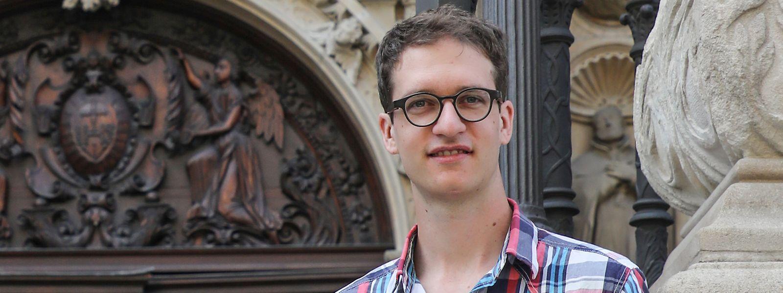 Francis Lucas hat sieben Jahre lang Musiktheorie und Orgelpädagogik studiert.