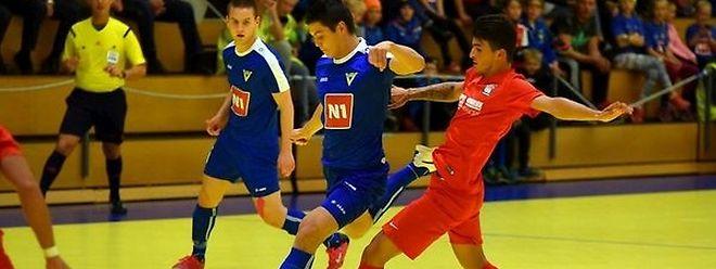 Mais uma derrota para o FC Differdange (em vermelho) na Islândia