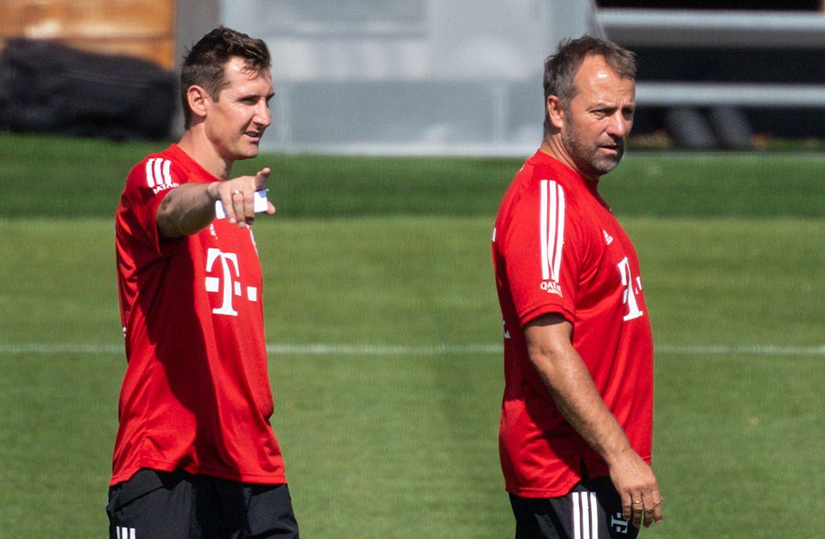 Co-Trainer Miroslav Klose und Chefcoach Hansi Flick (r.) arbeiten gerne zusammen.