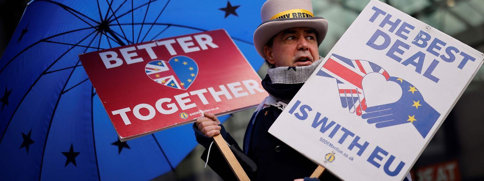 Brexit-Gegner protestieren weiter für einen Deal mit der EU.