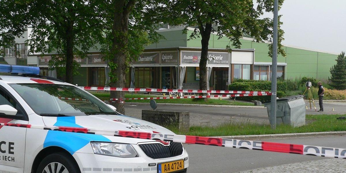 """Der Geldautomat war in der Epicerie """"Buttek vum Séi"""" in der Gewerbezone Clemensbongert angebracht."""