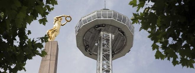 Der 81 Meter hohe Aussichtsturm wird erneut bei der Gëlle Fra aufgebaut.