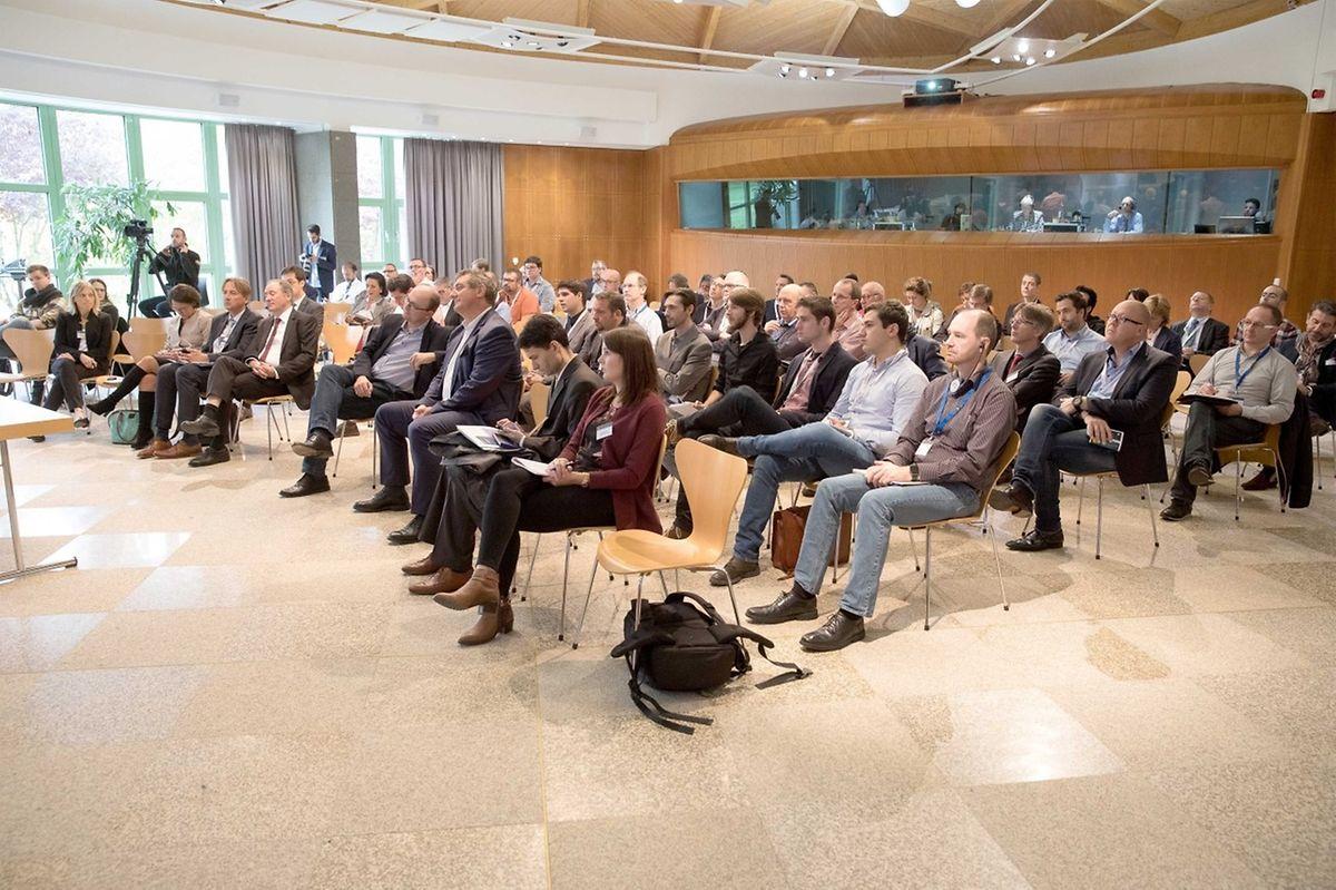 Une petite centaine de personnes s'étaient inscrites à la deuxième journée d'information. Une étape essentielle pour entamer une stratégie, en fonction de chaque entreprise.