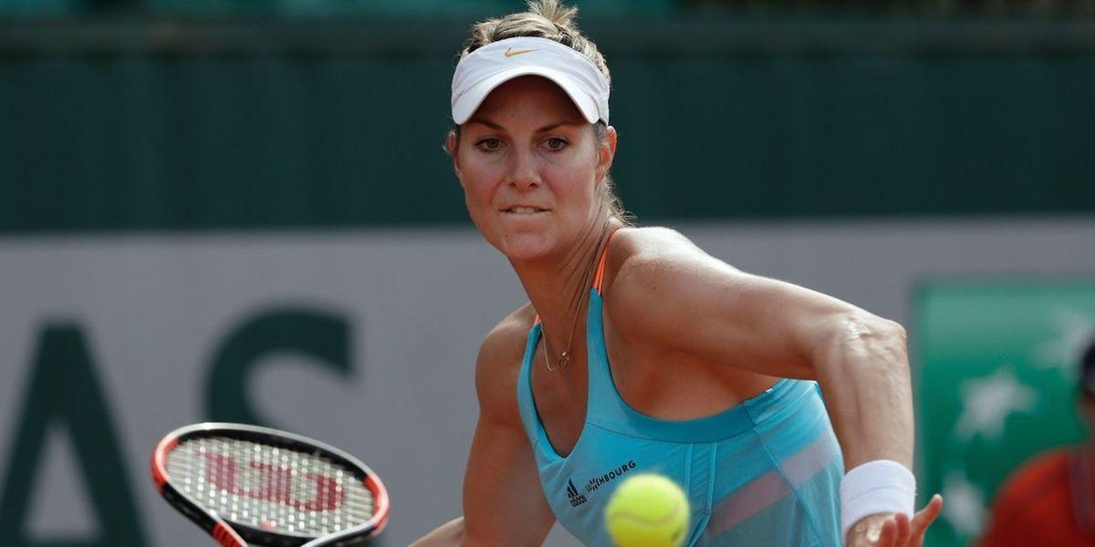Tête de série n°2, et détentrice du trophée,  Mandy Minella a franchi sans encombre le cap du premier tour au tournoi de Bol, en Croatie