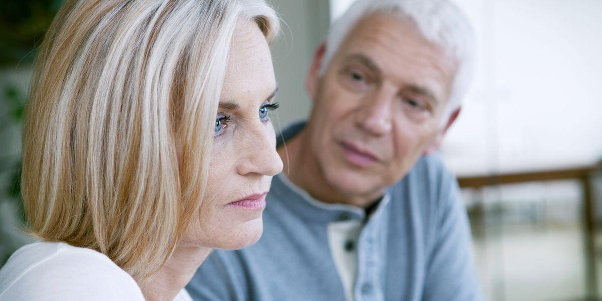 Die Tatsache, dass einige Eltern sich in ihrer Elternrolle gar überflüssig fühlen, kann einigen Experten zufolge bis hin zur Depression führen.