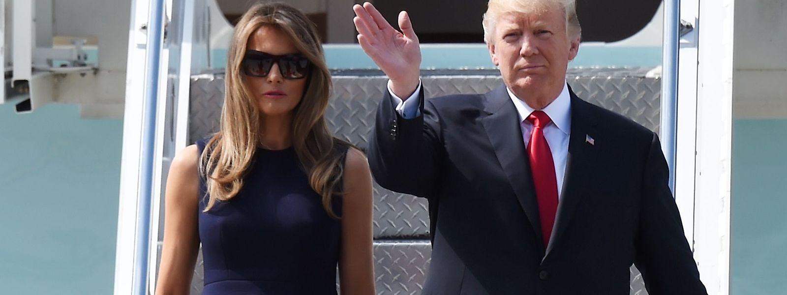 """Sie sind gelandet: """"Flotus"""" Melania Trump und """"Potus"""" Donald Trump."""