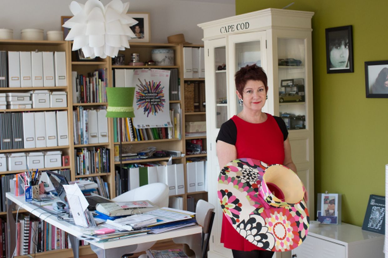 Katty Chacun-Karapédian est créatrice d'abat-jour depuis 22 ans