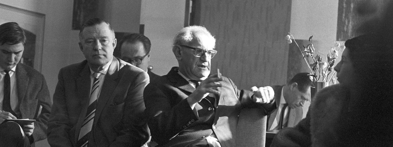 Fritz Bauer 1964 in Frankfurt während der Auschwitz-Prozesse.