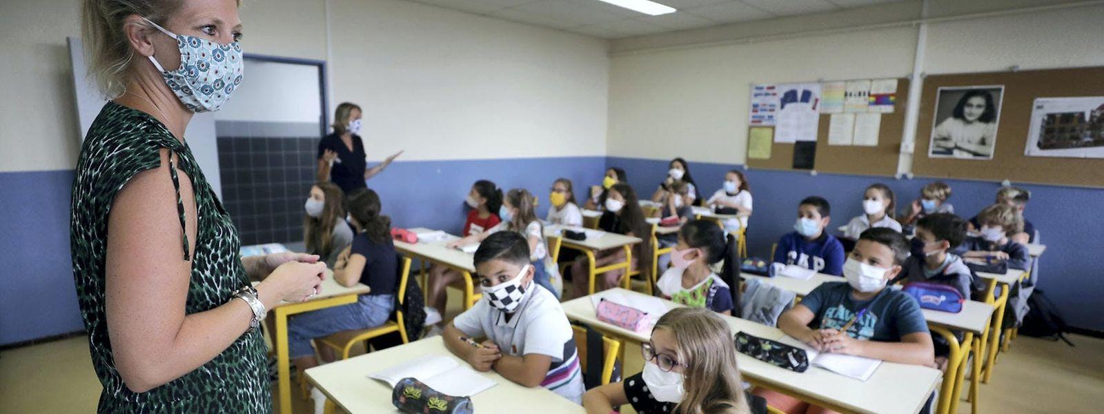 Aucun enseignant n'a été testé positif au virus la semaine dernière, rapporte le ministère de l'Education nationale.