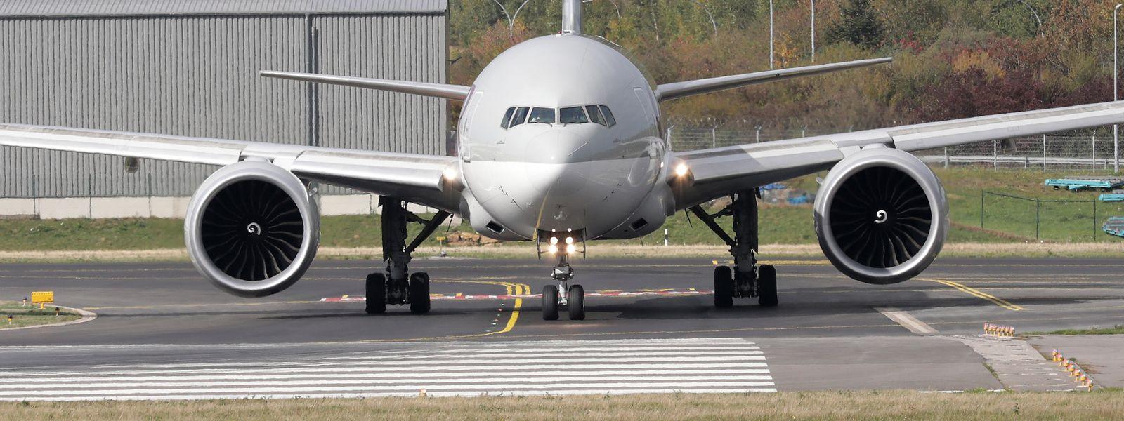 L'horaire des travaux a été choisi pour impacter le moins possible le trafic aérien.