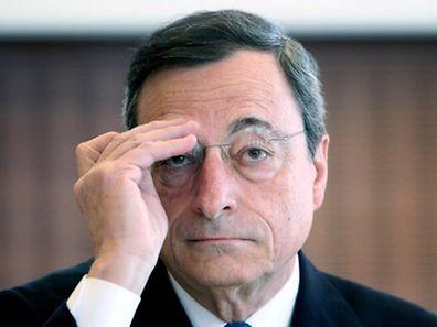 """O presidente do BCE, Mario Draghi pediu """"mais trabalho"""" ao Governo grego, acxrescentando que é """"urgente"""""""