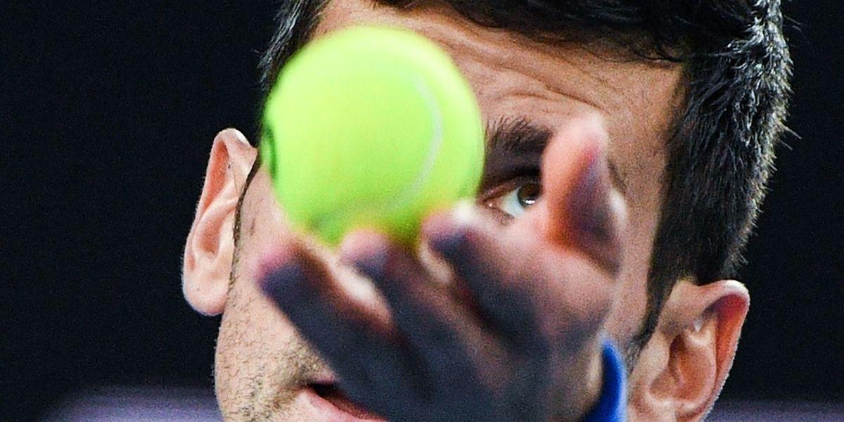 Novak Djokovic n'a passé que 49 minutes sur le court en raison de la blessure à la cuisse droite de Kei Nishikori.
