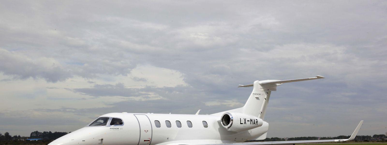 Zusammen haben die Phenom-300-Jets über 200.000 Flugstunden ansammeln können.