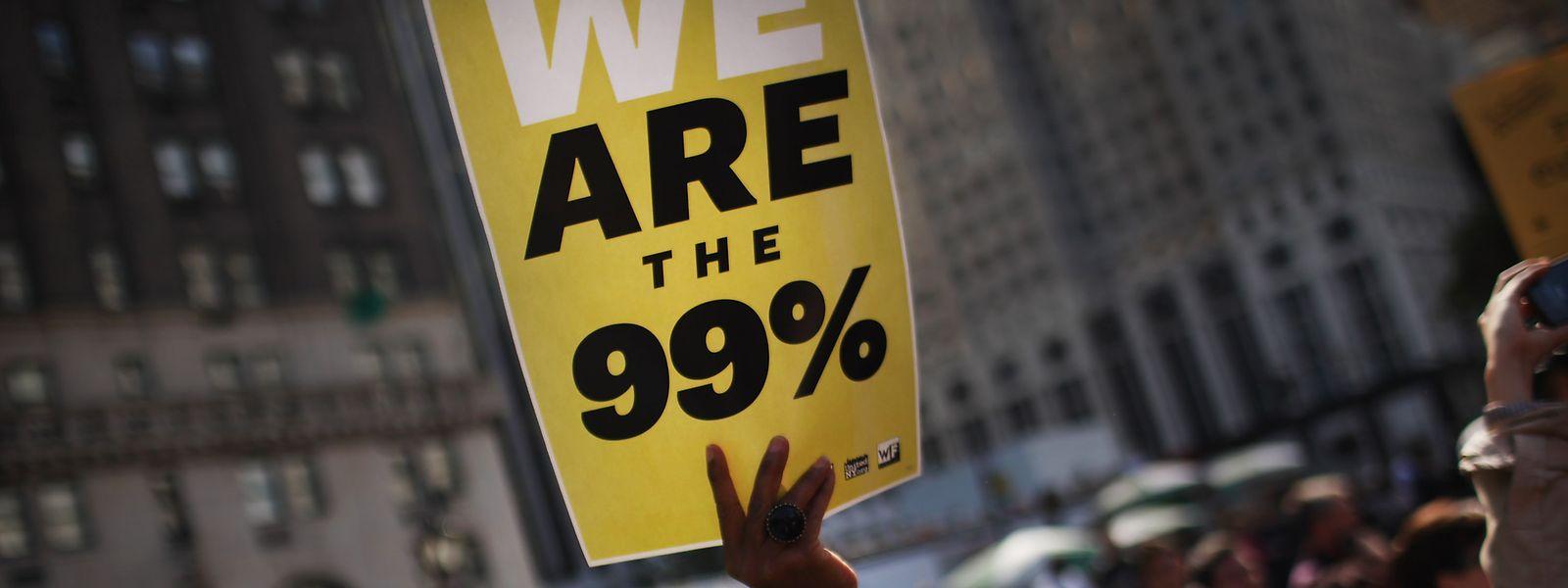 """""""We are the 99%"""": Der Anthropologe David Graeber prägte 2011 das Motto der """"Occupy Wall Street""""-Protesbewegung mit - seine provokativen """"Bullshit Jobs"""" hinterfragen derweil, was so alles in unserer Gesellschaft schiefläuft."""