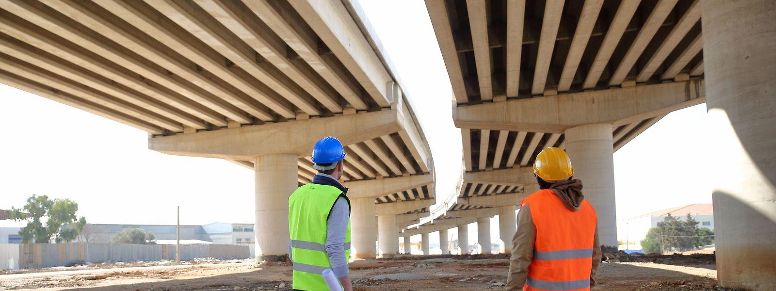 Infrastrukturfonds finanzieren zum Beispiel Brücken und Autobahnen. Gerade in Zeiten knapper Staatskassen öffnen sich neue Anlagemöglichkeiten.