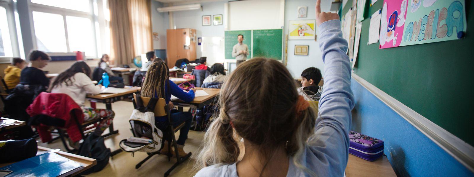 Le nombre d'écoliers nécessitant une prise en charge spécifique est estimé à plus de 2.000 par le ministère de l'Éducation nationale.
