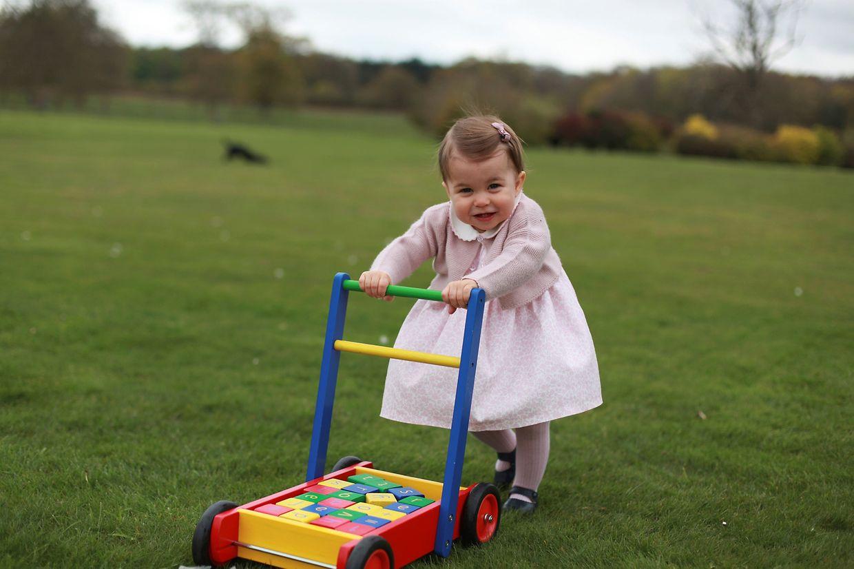 Prinzessin Charlotte, geknipst von ihrer Mama.