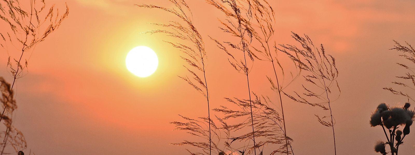 Sonnenuntergang in Ettelbrück: Mit den scheinbar ewig währenden lauen Sommernächten wäre es bei einer Beibehaltung der Winterzeit vorbei.