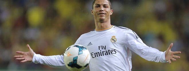 """De acordo com """"fontes próximas da negociação"""" ouvidas pelo diário espanhol, o fisco espanhol está a analisar a proposta formal feita pelo avançado português do Real Madrid."""