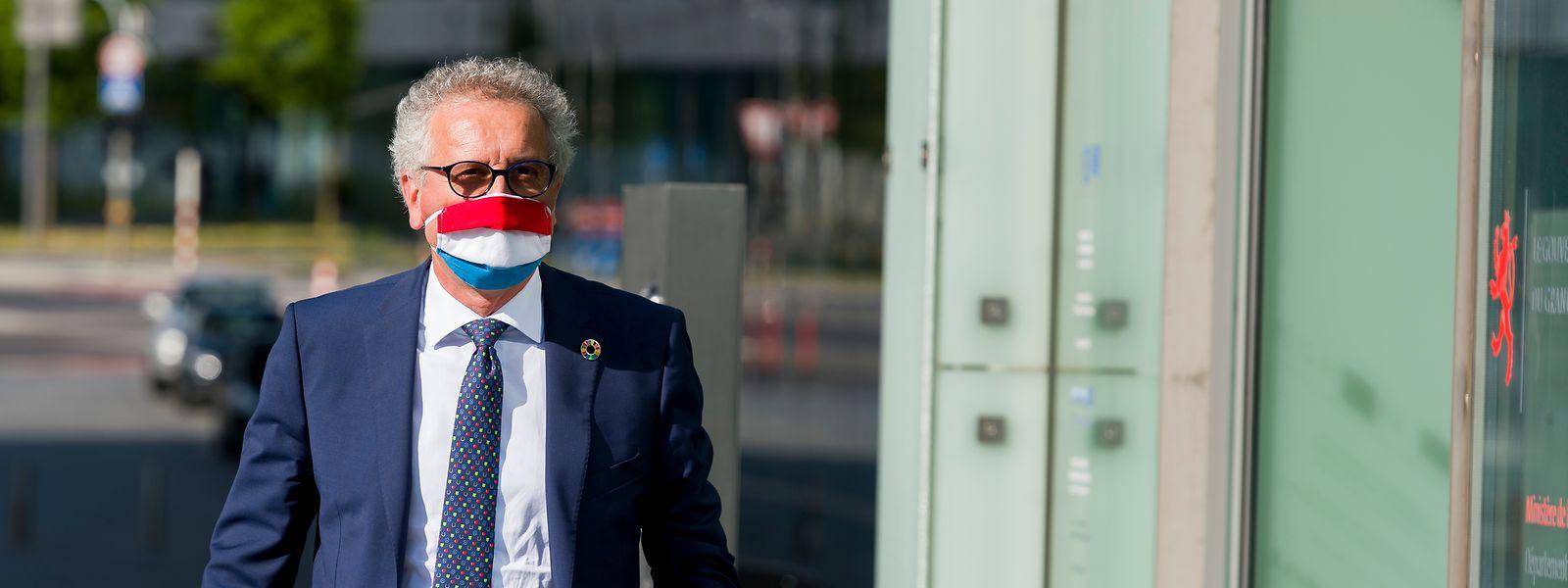 Cinq mois après avoir obtenu un premier emprunt de 2,5 milliards d'euros à taux négatif, Pierre Gramegna s'apprête à recevoir 1,5 milliard d'euros à taux négatif.