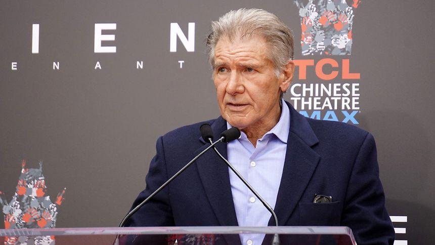 """Harrison Ford ist nur noch selten auf der großen Leinwand zu sehen. Ein Wiedersehen mit Indiana Jones ist aber in Planung: Der fünfte """"Indy""""-Film soll 2020 in den Kinos starten."""
