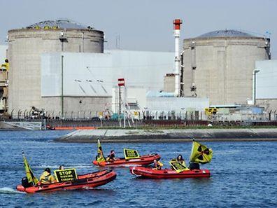In vielen Atomkraftwerken wie hier in Fessenheim stehen einzelne Reaktoren still.