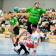 Eric Schroeder (HB Kaerjeng h.) gegen Guillaume Geoffroy (Berchem v.) / Handball, Nationale 1 Maenner, HB Kaerjeng - Berchem / Bascharage / 27.04.2019 / Foto: Christian Kemp