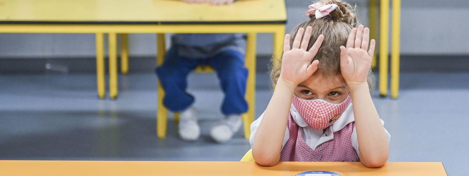 Le ministre de l'Education a expliqué au micro d'Europe 1 qu'il «déclencherait un protocole permettant d'aider les familles» si le phénomène des fermetures d'écoles devait s'amplifier en France.