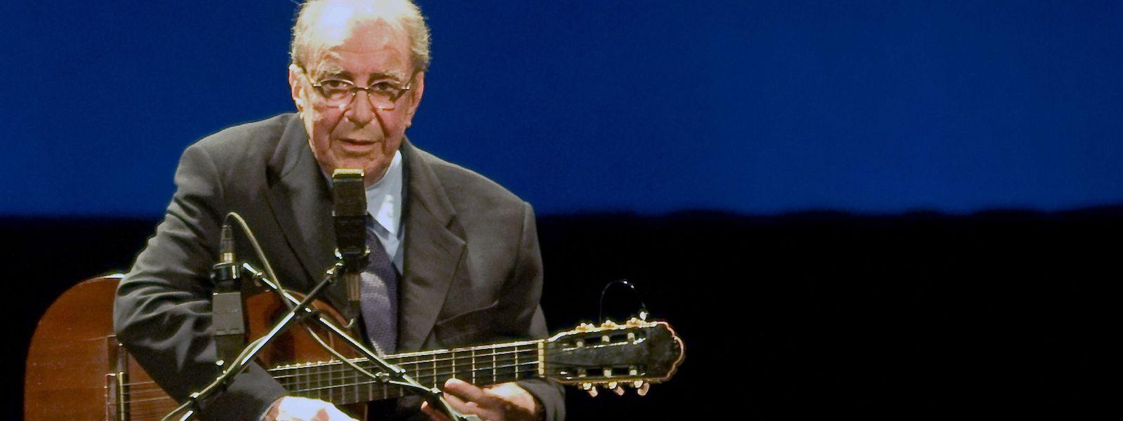 João Gilberto während eines Konzerts im August 2006.