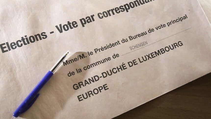 Le bulletin de vote doit être remis avant le 8 octobre à 14h.