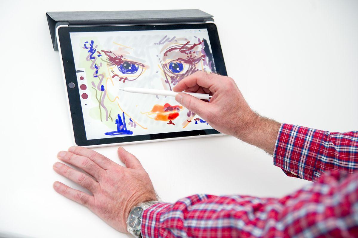 Fürs Zeichnen direkt auf dem Bildschirm gibt es - gegen Aufpreis - auch einen Pencil genannten Zeichenstift.