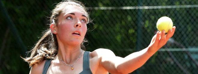 Eléonora Molinaro tritt mit 15 Jahren erstmals bei einem WTA-Turnier an.