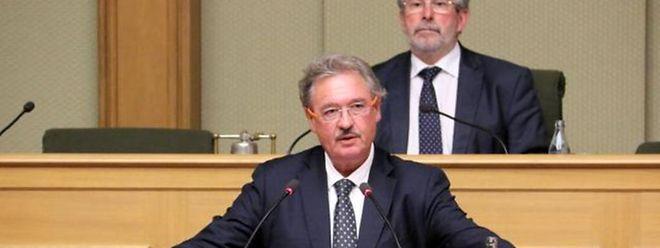 Jean Asselborn auf der Parlamentstribüne